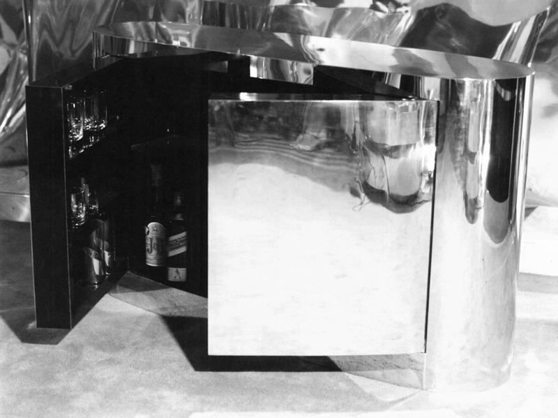Bar Ovale, 1976