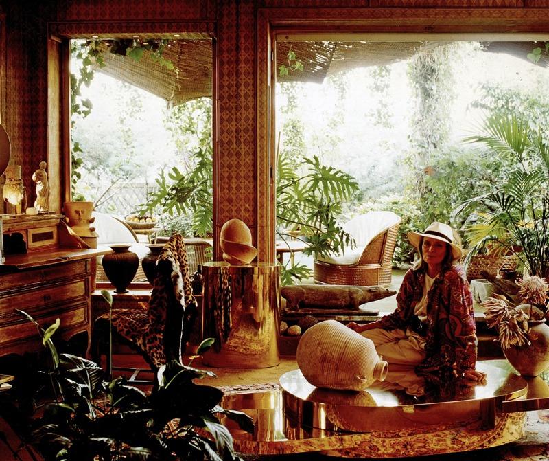 """Crespi's apartment in Milan  """"Il Giardino in una stanza"""" Gente Money, Novembre 1987 Photo by Laura Rizzi"""