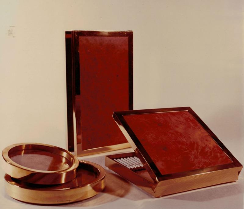 Smoke set, 1974